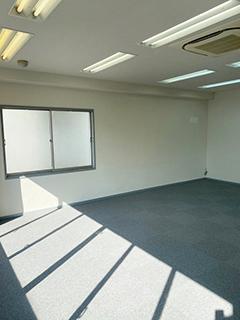 南青山のオフィス  – 東京/港区 –