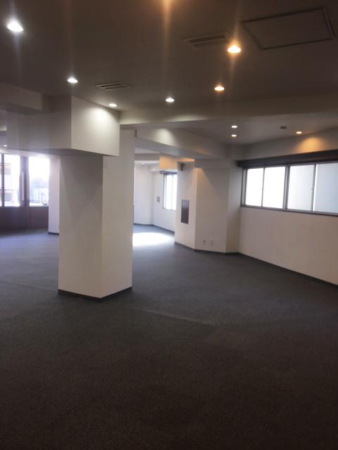 新宿のオフィス – 東京/新宿区 –