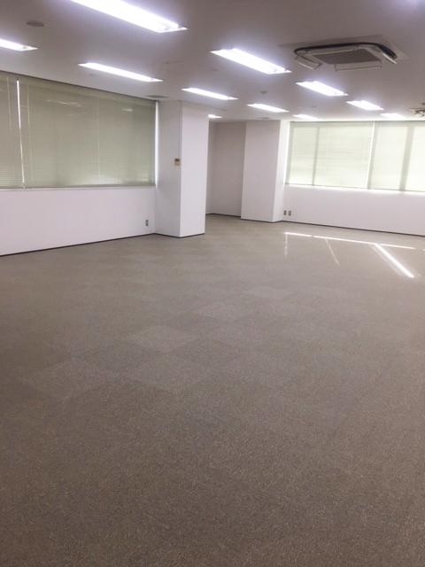 港南のオフィス – 東京/港区 –